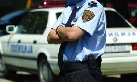 претепан полицаец
