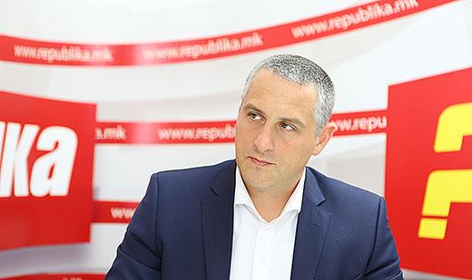 Никола Тодоров